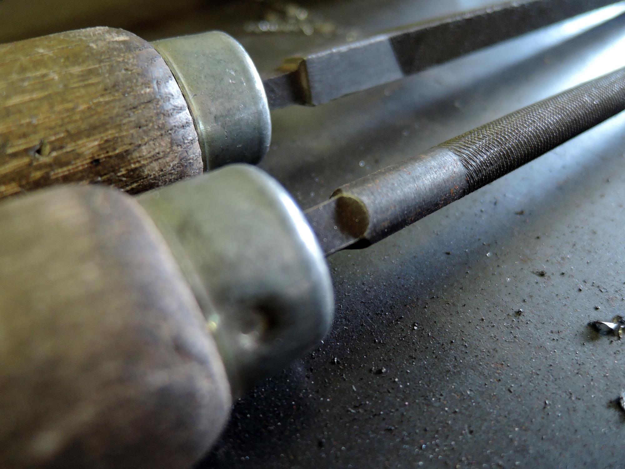 ARTMETA fabrication artisanale atelier en normandie / meuble éco-responsable