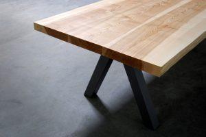ARTMETA table en bois massif Aubier en acier