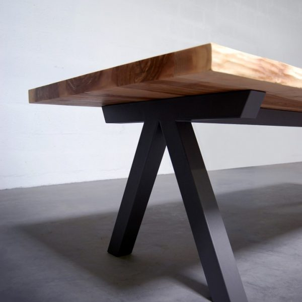 Table En Bois Massif Aubier Bords Live Edge Design Epure