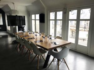 ARTMETA / table Aubier / 300 x 100 cm / chêne blnchi + Marron cuivré