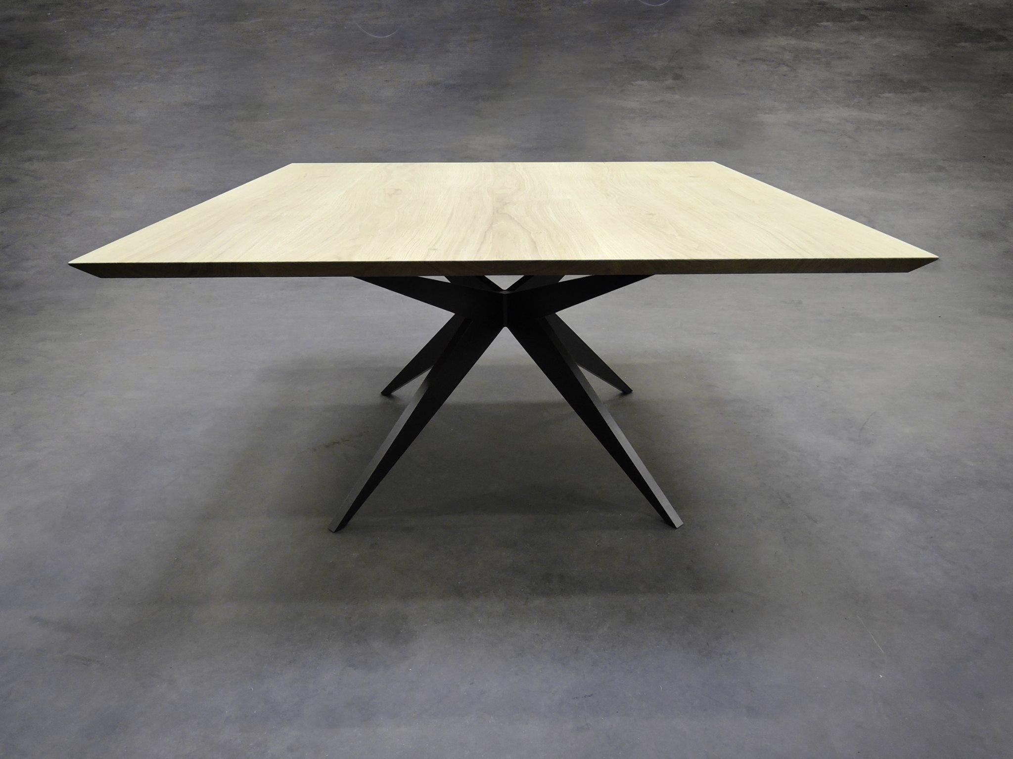 Table Papillon Carree Metal Et Bois Massif Design Epure