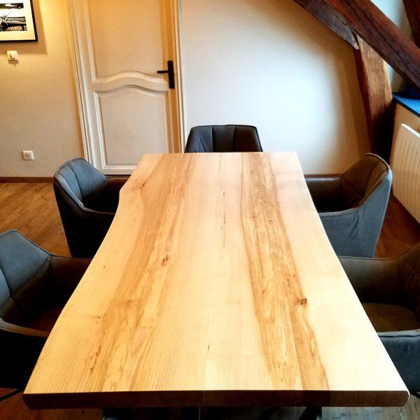 ARTMETA / table Mikado / 235 x 100 cm / en bois de frêne olivier massif et piétement acier marron cuivré