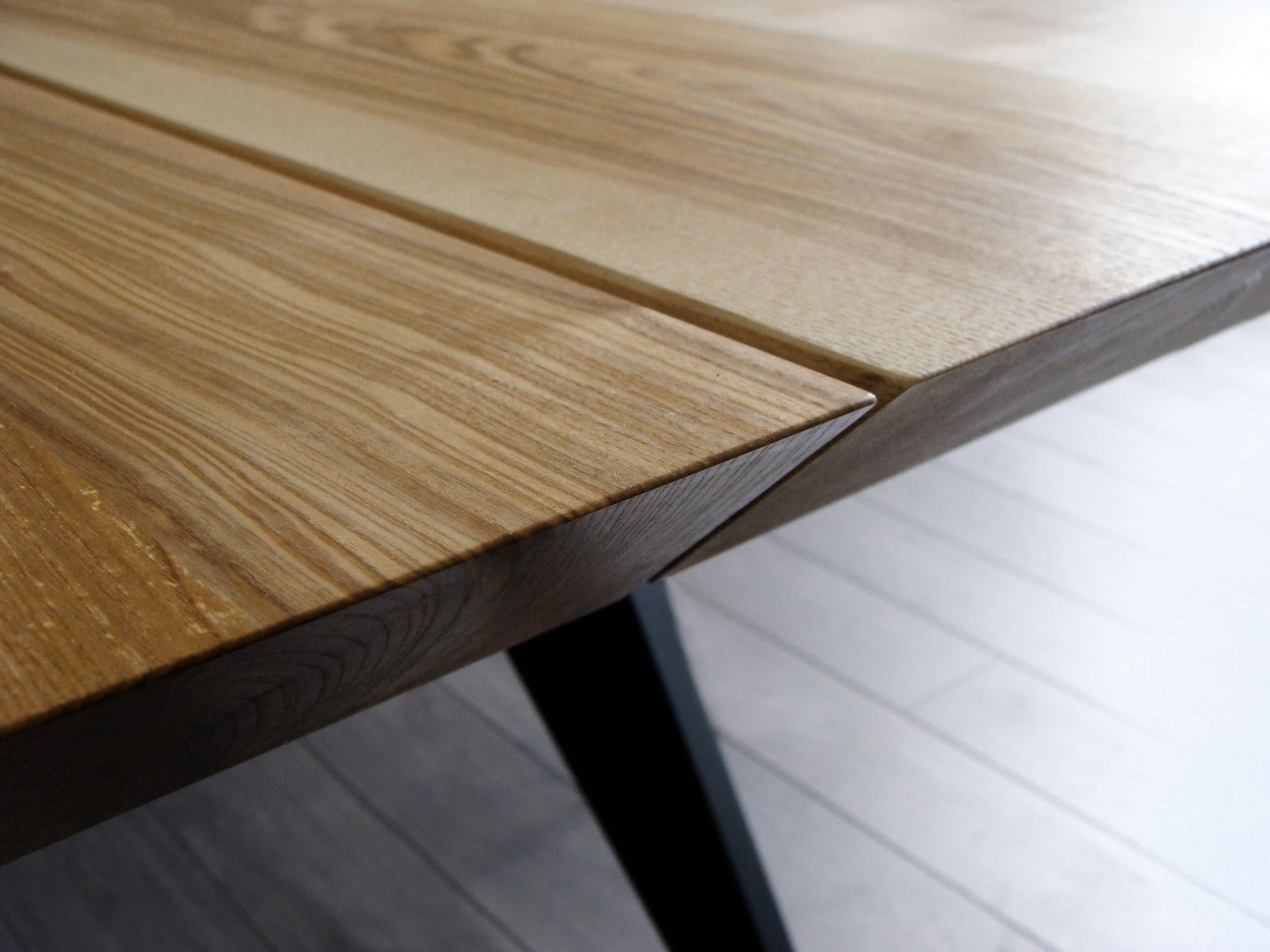 ARTMETA table Amazone en métal et bois massif