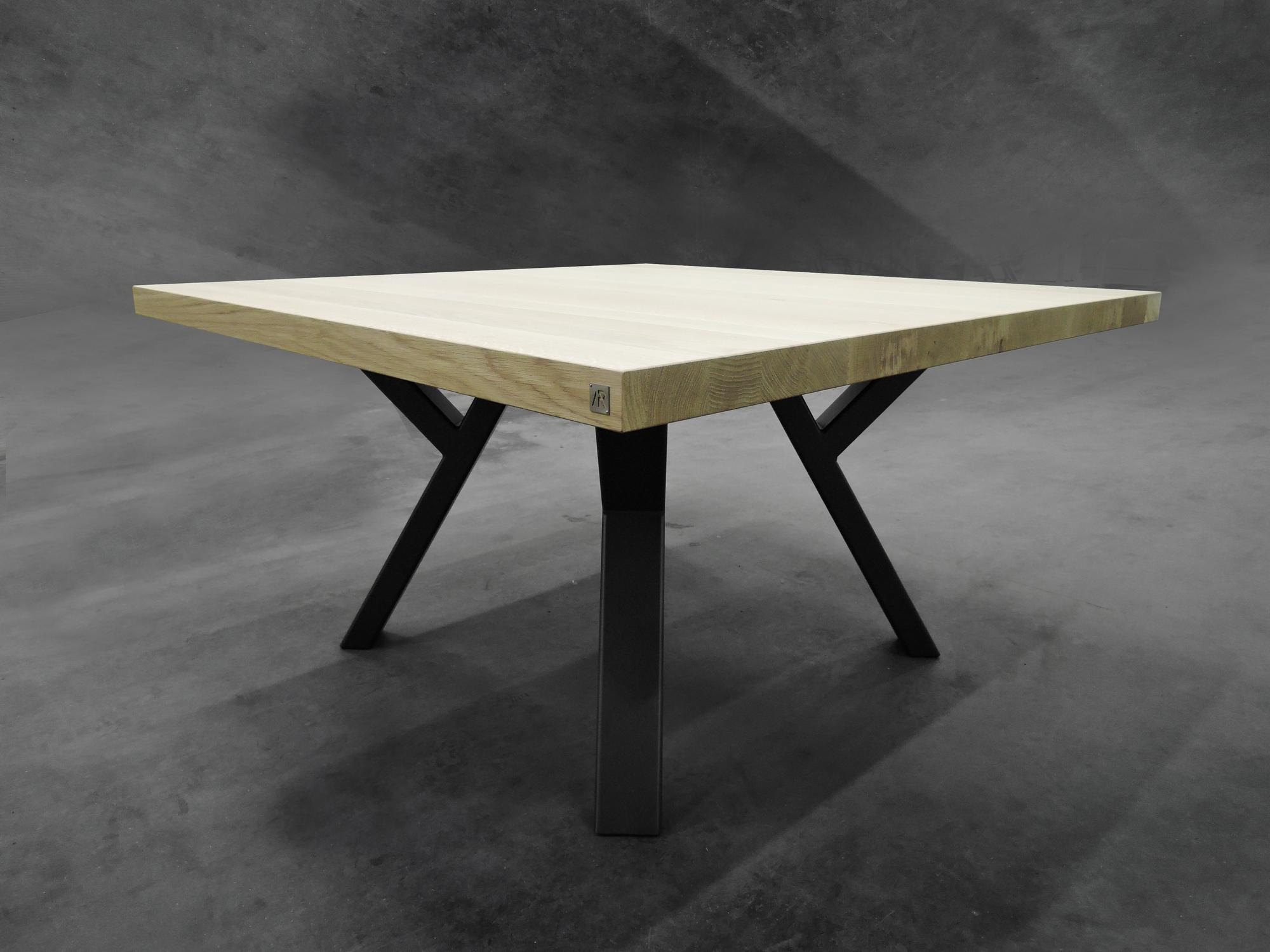 table ramage carr e m tal et bois massif fabrication artisanale. Black Bedroom Furniture Sets. Home Design Ideas