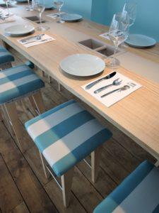 ARTMETA tables tabourets bois et metal sur mesure Au vivier colleville