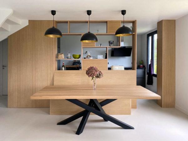 Table Mikado / 220 x 100 x H 75 cm / Chêne contemporain et pied noir charbon / ARTMETA