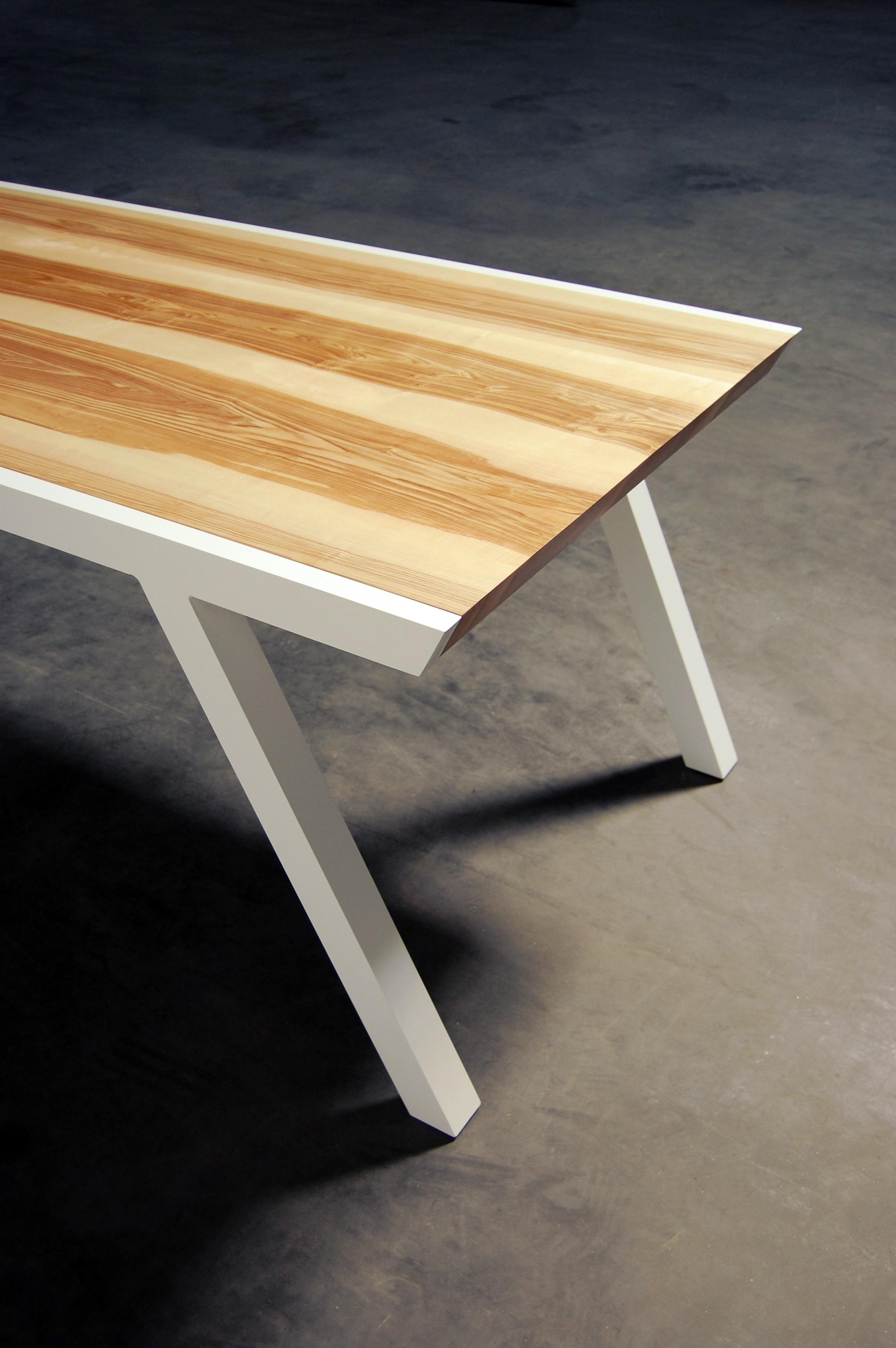 Table profil m tal et bois massif fabrication artisanale - Fabrication table bois ...