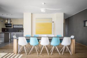 Table acier Contrate / 300 x 100 cm / Plateau noir charbon et pieds en frêne olivier massif / ARTMETA