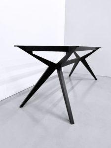 Pied de table Papillon sur mesure / aluminium pleine masse / avec cadre pour les grands plateaux