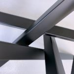 ARTMETA / pied de table Mikado sur mesure en acier
