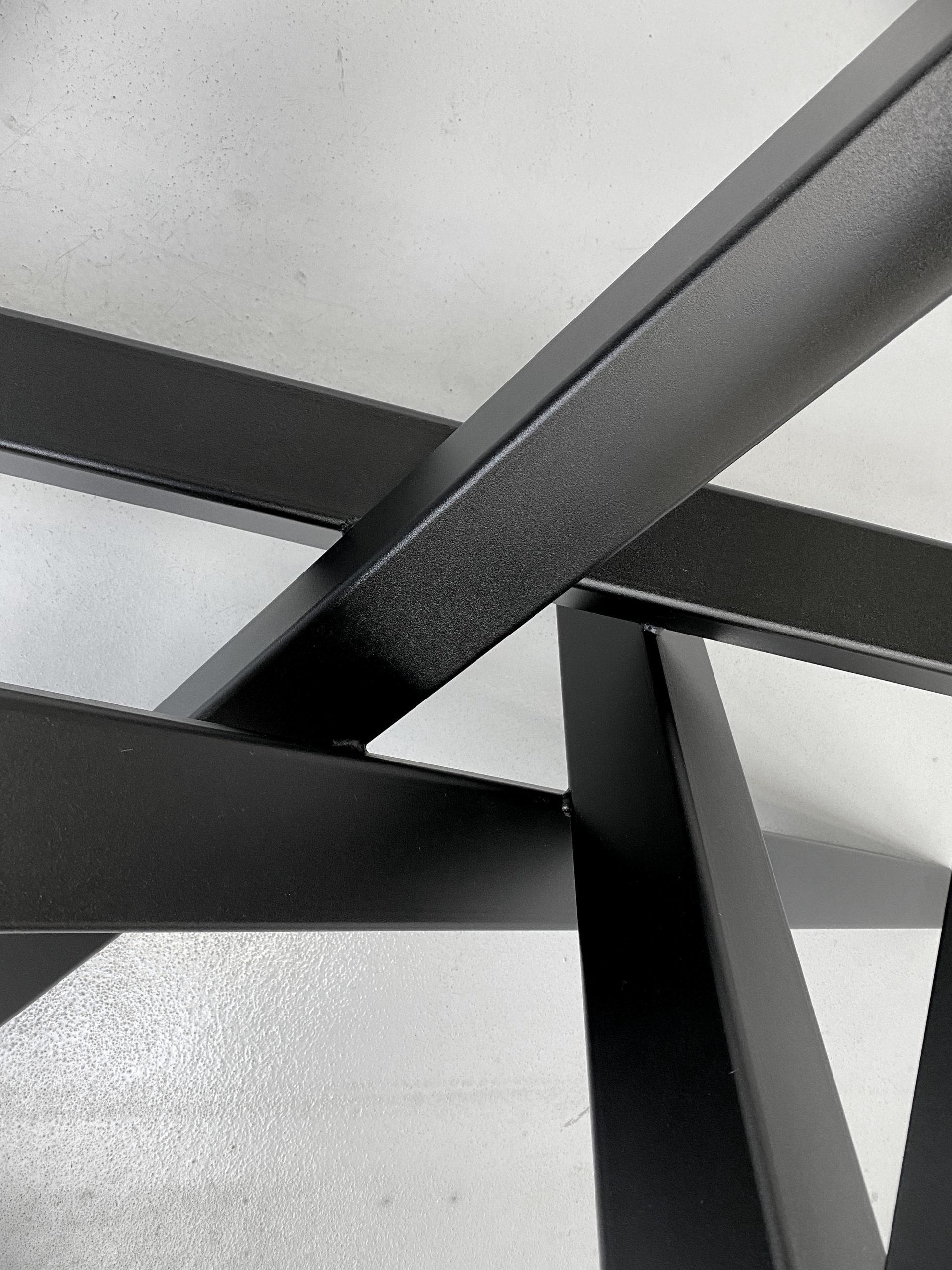 ARTMETA / pied de table metal Mikado
