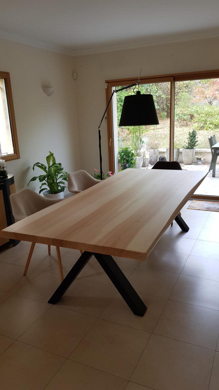 ARTMETA / table Viking 260 x 120 cm / frêne olivier et noir charbon