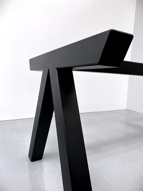 ARTMETA / pied Aubier acier sur mesure / table Aubier