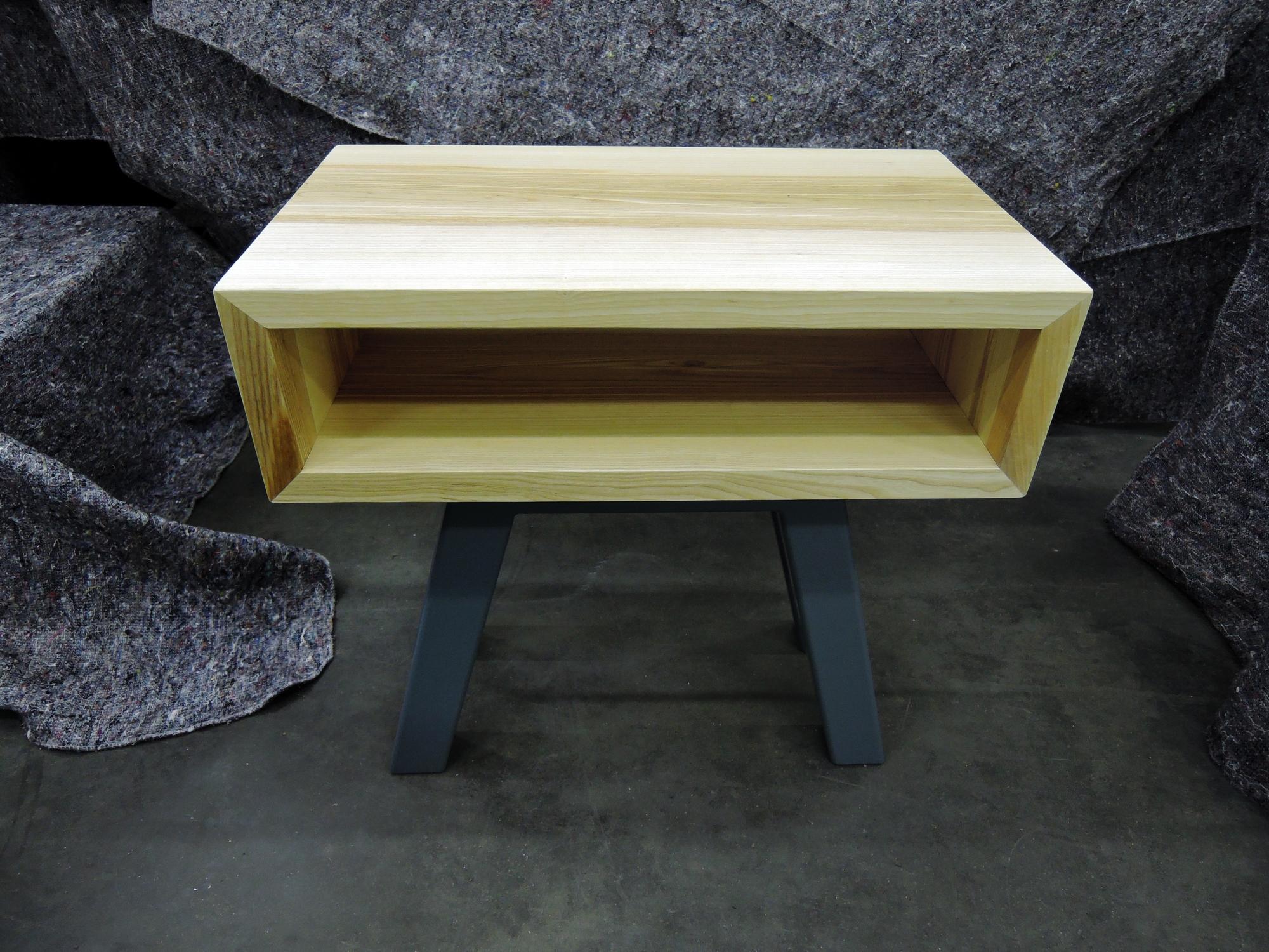 table de chevet biquet