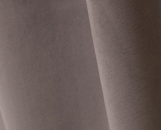 Échantillon de tissu velours argent