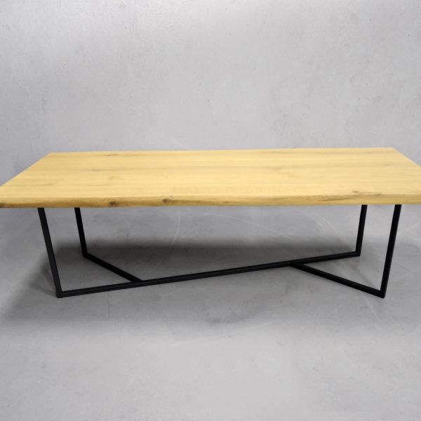 Table bois métal Empreinte sur mesure / ARTMETA