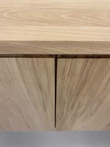 Buffet de salle à manger Compas en acier et bois massif / Chêne contemporain et pied gris acier / ARTMETA