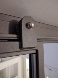ARTMETA / réalisations / verrière intérieure / porte coulissante en applique