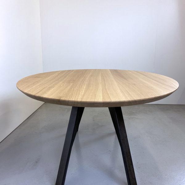 ARTMETA / table ovale Nageoire / acier et bois massif