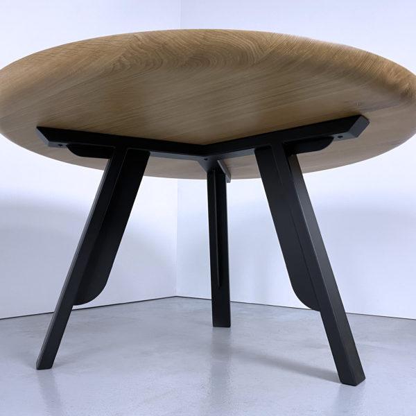 ARTMETA table ronde nageoire acier et bois massif