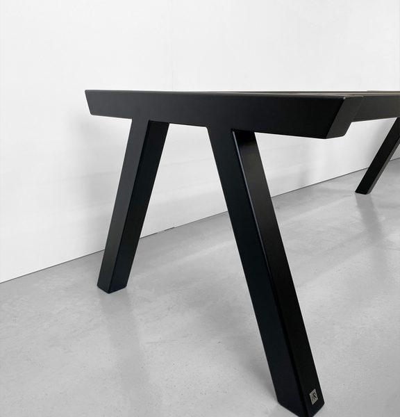 Pied de table Pi sur mesure en acier / Fabrication artisanale française par ARTMETA
