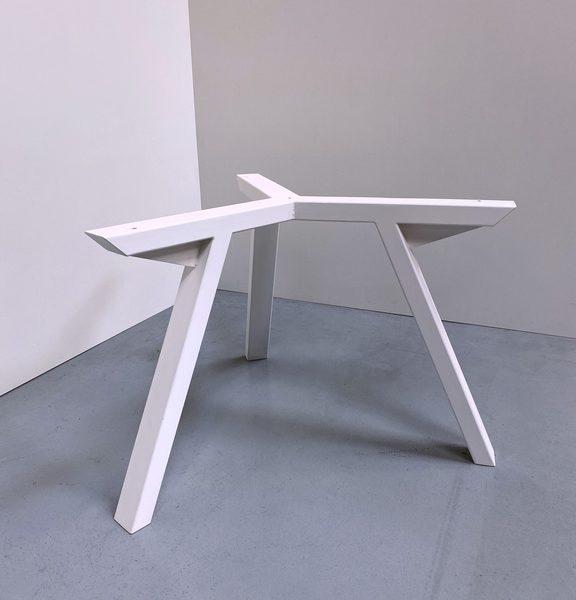 Pied tripode de table ronde sur mesure en acier / ARTMETA