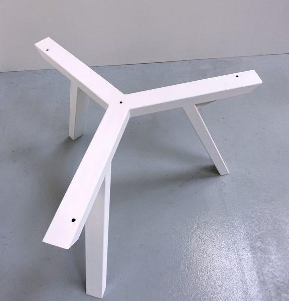Pied de table Tripode sur mesure en acier / ARTMETA