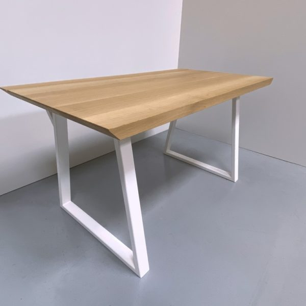 Bureau bois métal trapèze sur mesure en acier et bois massif / ARTMETA