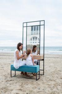 Coiffeuse meuble Mademoiselle avec miroir et rangement / acier et bois massif / L 100 x H 220 x P 37 cm / ARTMETA