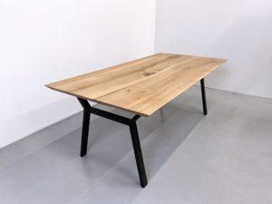 Table bois pied metal Hameau / 200 x 100 x H 75 cm / chêne massif français / fabrication sur mesure ARTMETA
