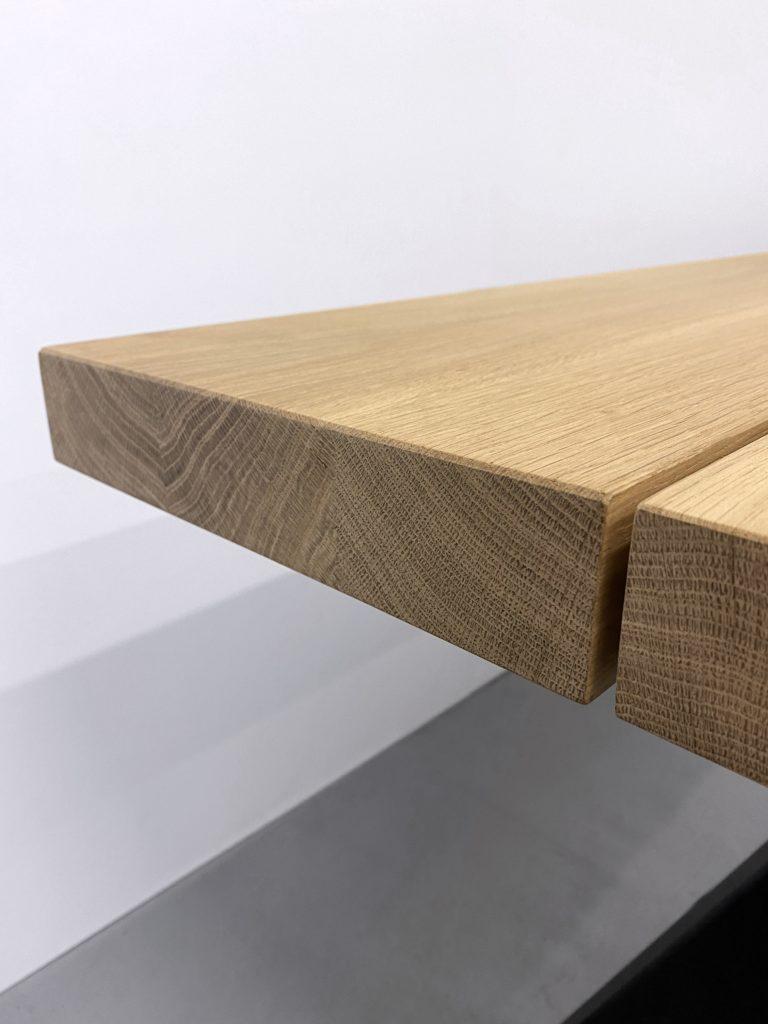 ARTMETA table artisanale Aubier en metal et bois massif sur mesure