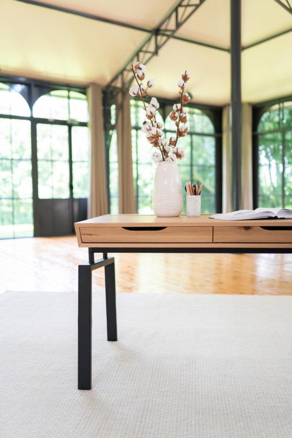 Bureau Compagnon / 180 x 70 x H 76 cm / Chêne authentique et pied noir charbon / Fabrication sur mesure ARTMETA
